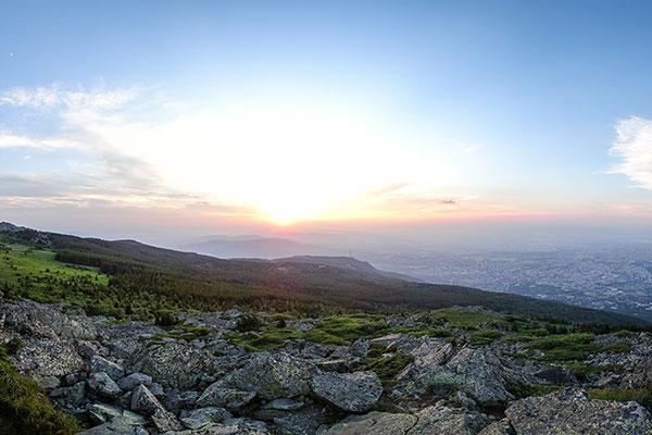 Backpack Nerd - София от връх Камен дел по залез