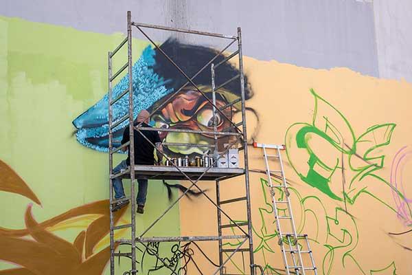 Backpack Nerd - Blank walls are criminal - Sofia Graffiti Battle